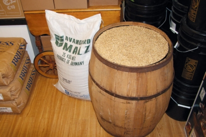 Equipment and ingredients of home brewed beer