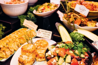 prepared food in Nauset Farms deli