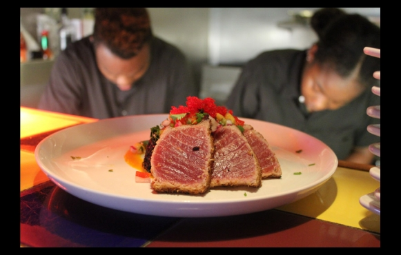 The tuna appetizer at Del Mar.